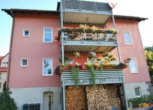 Kategorie: Blumenschmuck/Balkon
